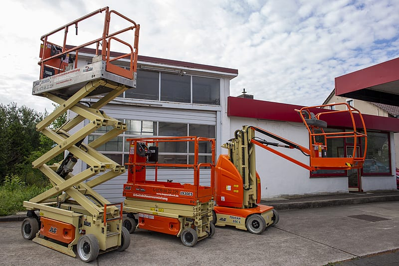 Hopp Hoch Arbeitsbühne Baumaschinen Vermietung Sturmschäden Baumschnitt